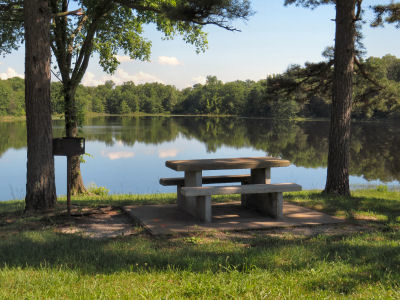 picnic area at ShawneeMac Lakes Conservation Area